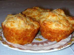 CHEESE MUFFINS!  ooh-la-la